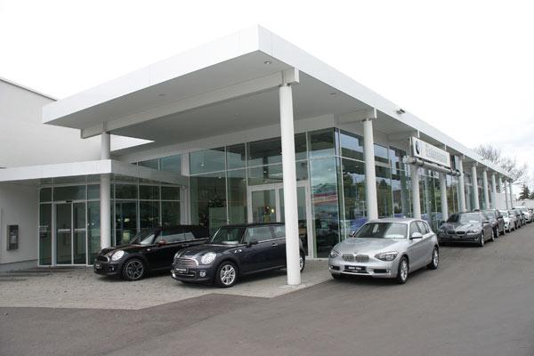 Autohaus entenmann in kirchheim mittendrin und nah dabei for Garage bmw ivry