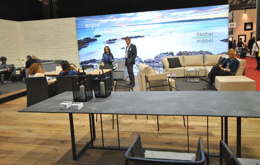 fischer gartenm bel auf der salone internazionale del mobile mailand. Black Bedroom Furniture Sets. Home Design Ideas