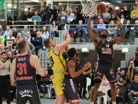 Knights vs.Artland Dragons 80:75_17