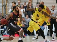 Knights vs.Artland Dragons 80:75_28